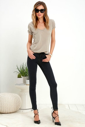 Blank NYC Cry Baby Washed Black Skinny Jeans at Lulus.com!