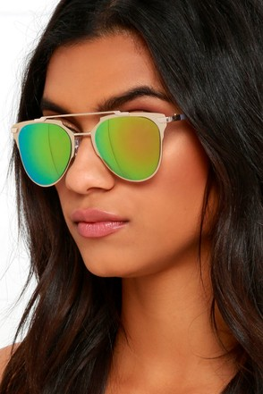 Awe and Wonder Gold and Green Mirrored Sunglasses at Lulus.com!