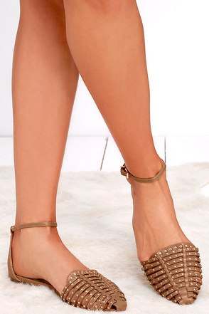 Report Samira Tan Studded Flats at Lulus.com!
