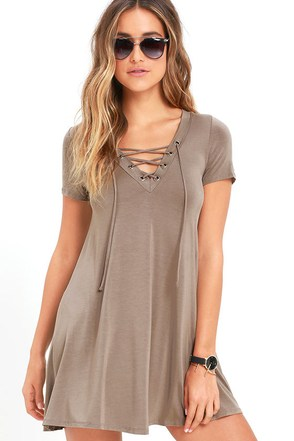 Wonderland Taupe Lace-Up Swing Dress at Lulus.com!