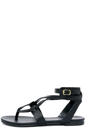Boho Babe Black Thong Sandals at Lulus.com!