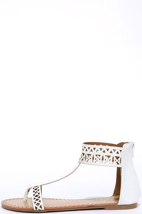 Quick Study White Thong Sandals at Lulus.com!