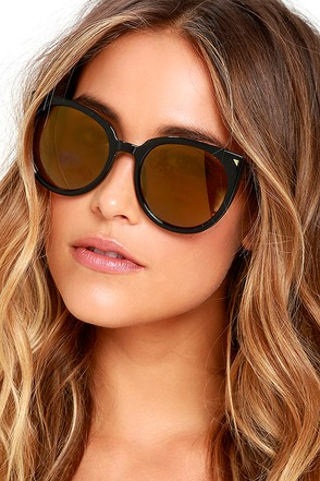 Weekly Wind Down Black and Blue Mirrored Sunglasses at Lulus.com!