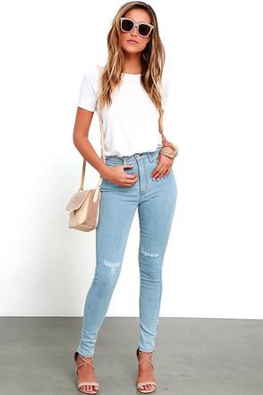 Brooklyn Bridge Light Wash Distressed High-Waisted Skinny Jeans at Lulus.com!