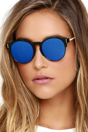 Pay Day Black and Blue Mirrored Sunglasses at Lulus.com!