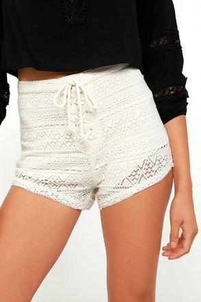 Billabong Lovestruck Cream Lace Shorts at Lulus.com!