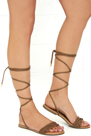 Braid-iac Camel Flat Lace-Up Sandals at Lulus.com!