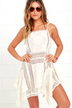Moroccan Architecture Cream Lace Cover-Up at Lulus.com!