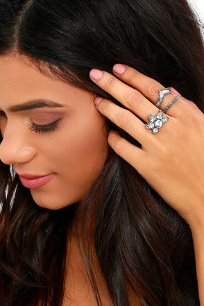 Starlit Sunset Antiqued Gold Ring Set at Lulus.com!