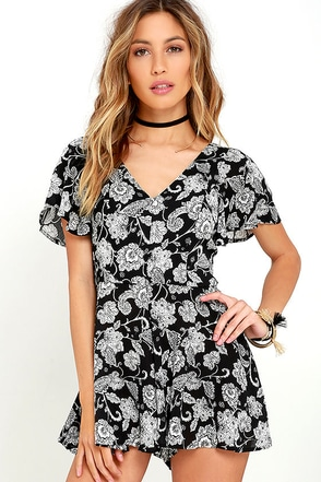 Intricacies Black and White Floral Print Romper at Lulus.com!