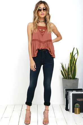 Dittos Kelly Dark Blue High-Waisted Stretch Skinny Jeans at Lulus.com!