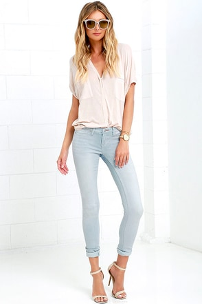 Dittos Jenn Light Blue Stretch Skinny Jeans at Lulus.com!