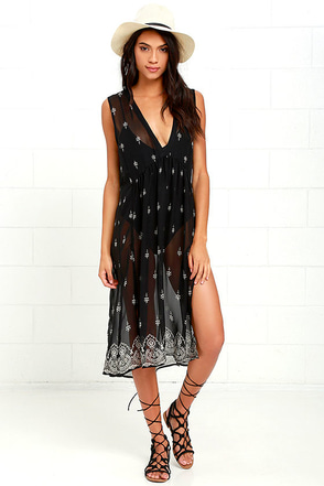 Wind and Sea Black Print Cover-Up at Lulus.com!