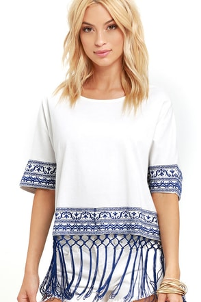 Weekend Escape Blue and Ivory Kaftan Top at Lulus.com!