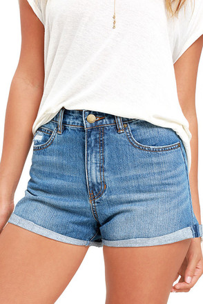 Billabong Overdrive Medium Wash Denim Shorts at Lulus.com!