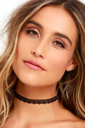 Prowess Black Lace Choker Necklace at Lulus.com!