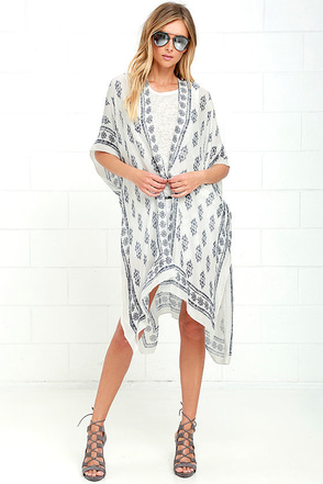Made it to Morocco Ivory Print Kimono Top at Lulus.com!