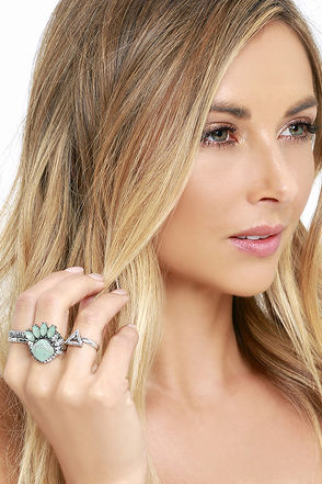 Brilliant Fan Sliver and Turquoise Ring Set at Lulus.com!