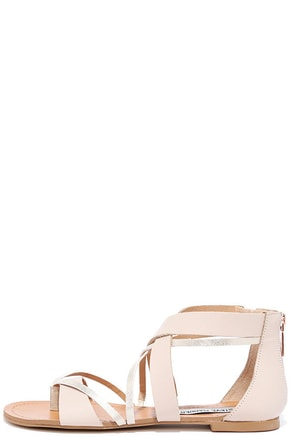 Steve Madden Honore Blush Leather Thong Sandals at Lulus.com!