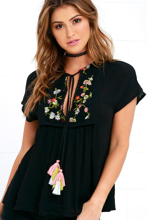 Ashbury Embroidered Black Top at Lulus.com!