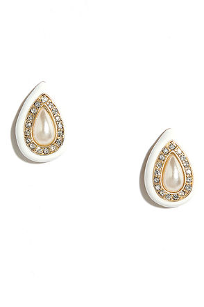Success Story Gold and Pearl Earrings at Lulus.com!
