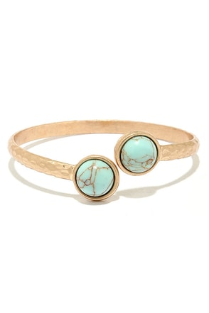City of Palaces Gold and Turquoise Bracelet at Lulus.com!