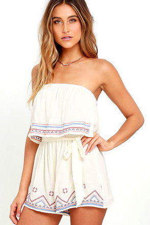 Catch the Sunrise Coral Orange Strapless Embroidered Romper at Lulus.com!