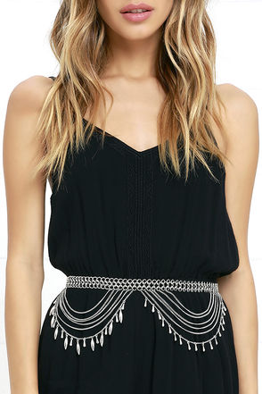 Shimmy and Shake Silver Chain Belt at Lulus.com!