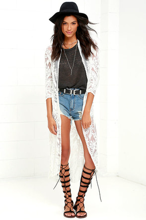 I. Madeline Sugar-Coated Ivory Lace Kimono Top at Lulus.com!