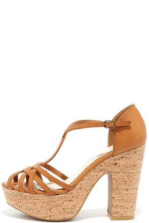 Super Groove Tan Platform Heels at Lulus.com!
