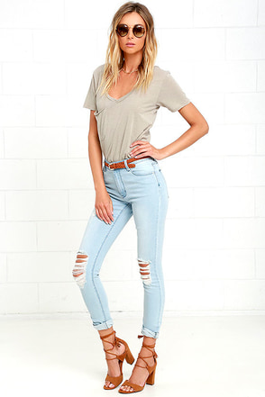RES Denim Kitty Light Wash Distressed Skinny Jeans at Lulus.com!