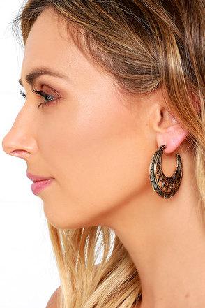 Ancient Ruins Gold Hoop Earrings at Lulus.com!