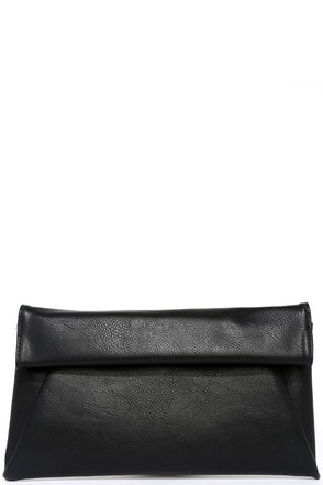 Day to Day Black Clutch at Lulus.com!