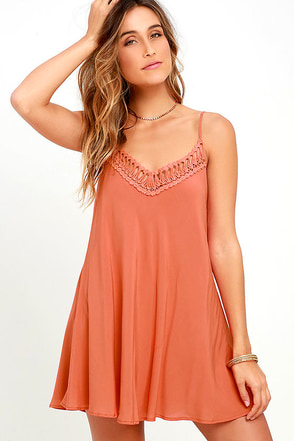 Lady Daydream Rust Orange Crochet Dress at Lulus.com!