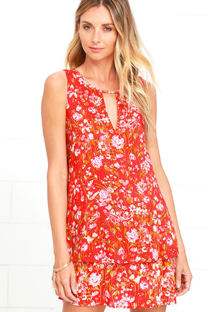 Southampton Red Floral Print Swing Dress at Lulus.com!