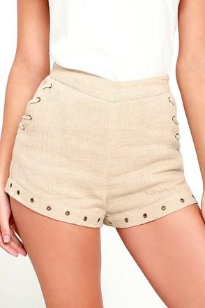Moon River Oliver Beige Shorts at Lulus.com!