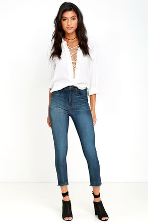 Covert Mission Dark Wash High-Waisted Cropped Skinny Jeans at Lulus.com!
