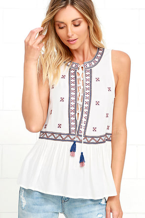 Cozumel Ivory Embroidered Top at Lulus.com!