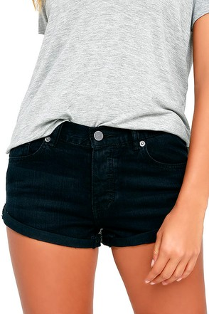 Amuse Society Crossroads Washed Black Denim Shorts at Lulus.com!