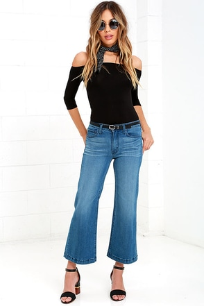 Standing Room Medium Wash Denim Culottes at Lulus.com!