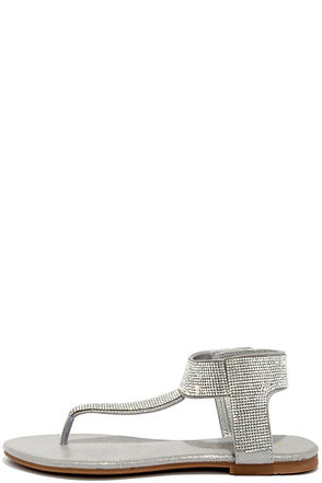 Stunner Step Silver Rhinestone Thong Sandals at Lulus.com!