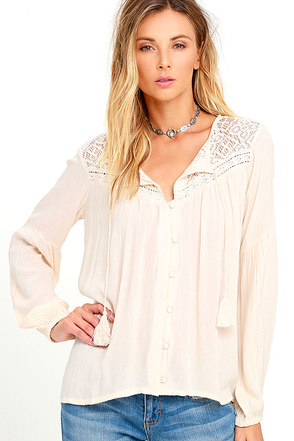 Billabong Desert Coast Cream Long Sleeve Lace Top at Lulus.com!