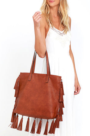 Home on the Ranch Brown Tassel Tote at Lulus.com!