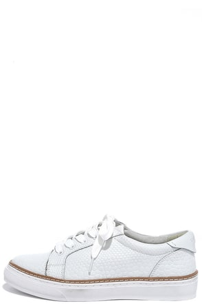 Sixtyseven 77704 Burna White Leather Sneakers at Lulus.com!