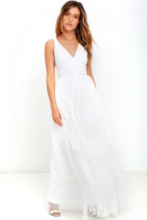 Stylish Storyteller White Lace Maxi Dress at Lulus.com!