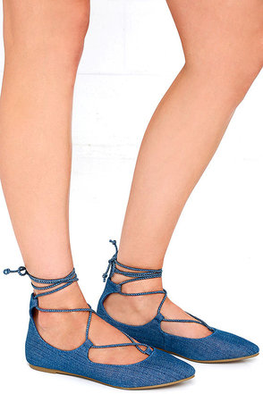 Sunshine and Daisies Blue Denim Lace-Up Flats at Lulus.com!