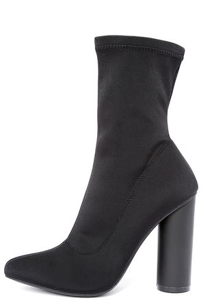 Howl and Hunt Black Pointed Toe Mid-Calf Boots at Lulus.com!