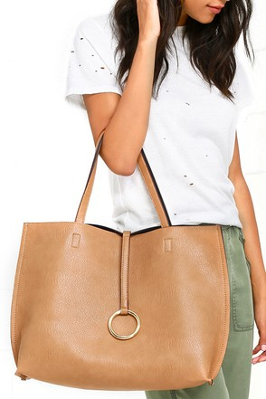Flip the Script Navy Blue and Tan Reversible Tote at Lulus.com!