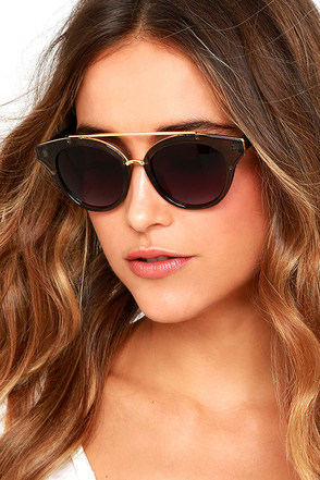 Show Stopper Grey Sunglasses at Lulus.com!