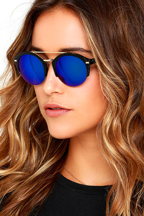 Radical Babe Tortoise Mirrored Sunglasses at Lulus.com!